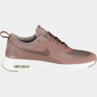 Nike Skor Storlek 35.5 Fyndhörna   XXL